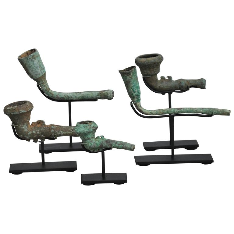 16-17th Century Bronze Opium Pipe Heads Excavated from the Central Highlands