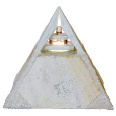 Wonderful Pyramidal Lamp of Quartzite and Quartz