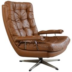 Danish Light Brown Leather Button Quilted Swivel Chair, 1970s