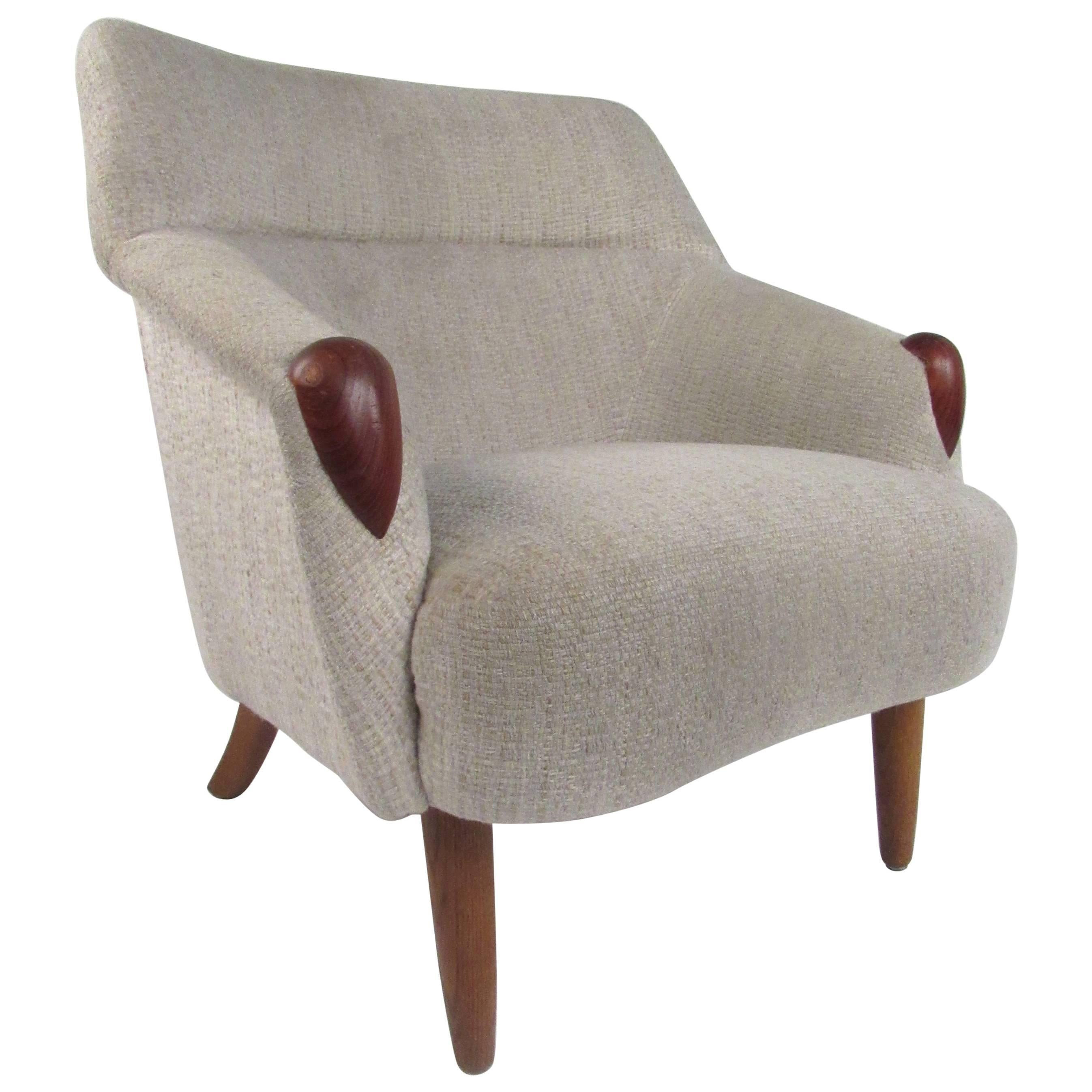Danish Modern Lounge Chair in the style of Kurt Ostervig