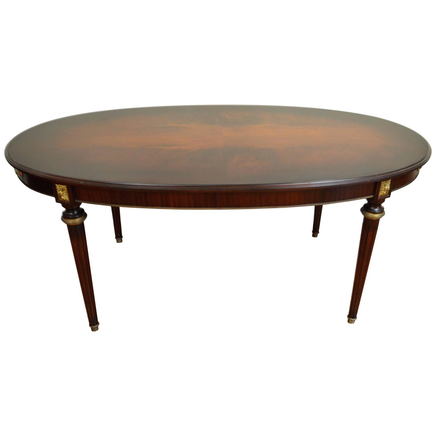 louis xvi style magogany dining table at 1stdibs. Black Bedroom Furniture Sets. Home Design Ideas