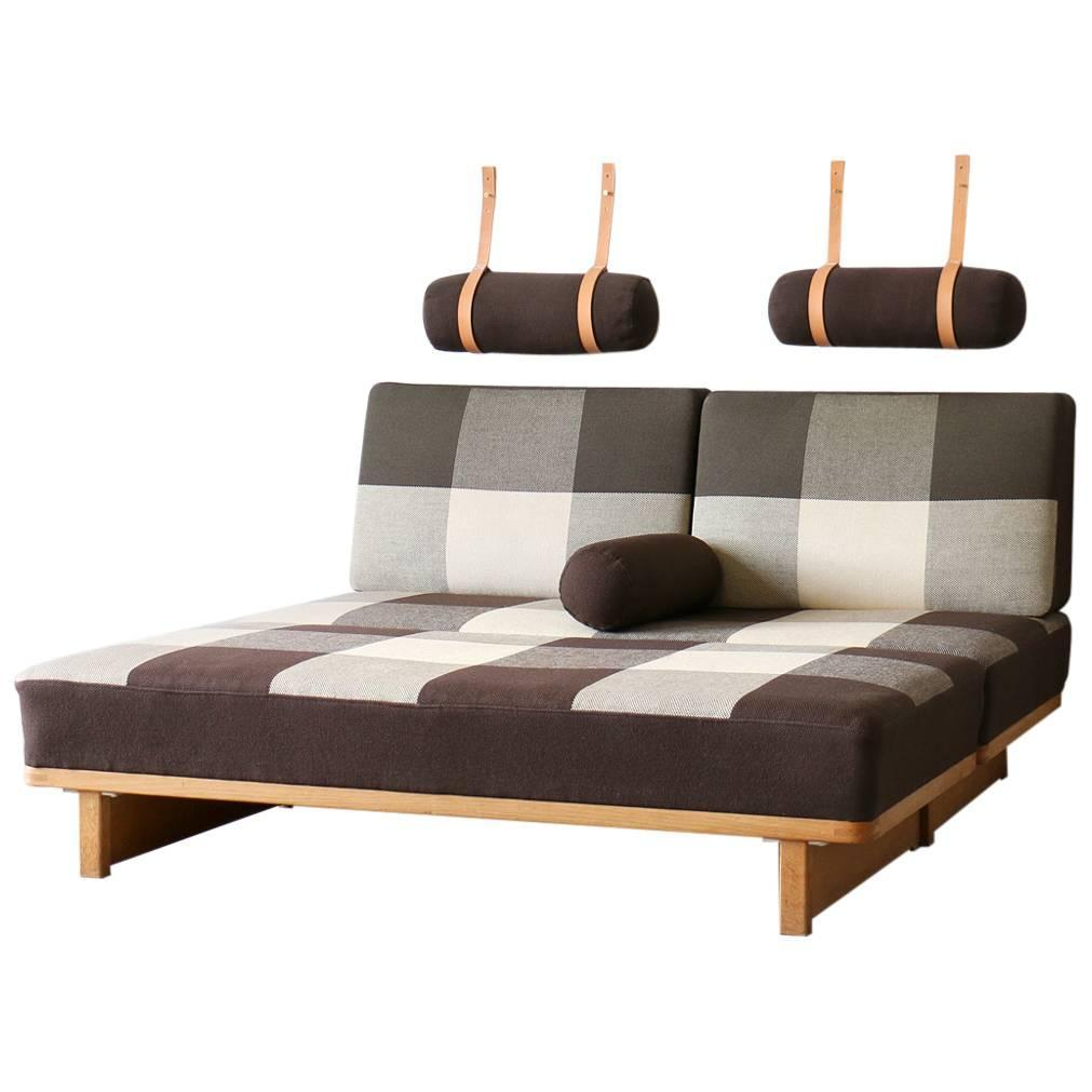 Day beds for sale innovative triple bunk beds for sale in for Beds for sale