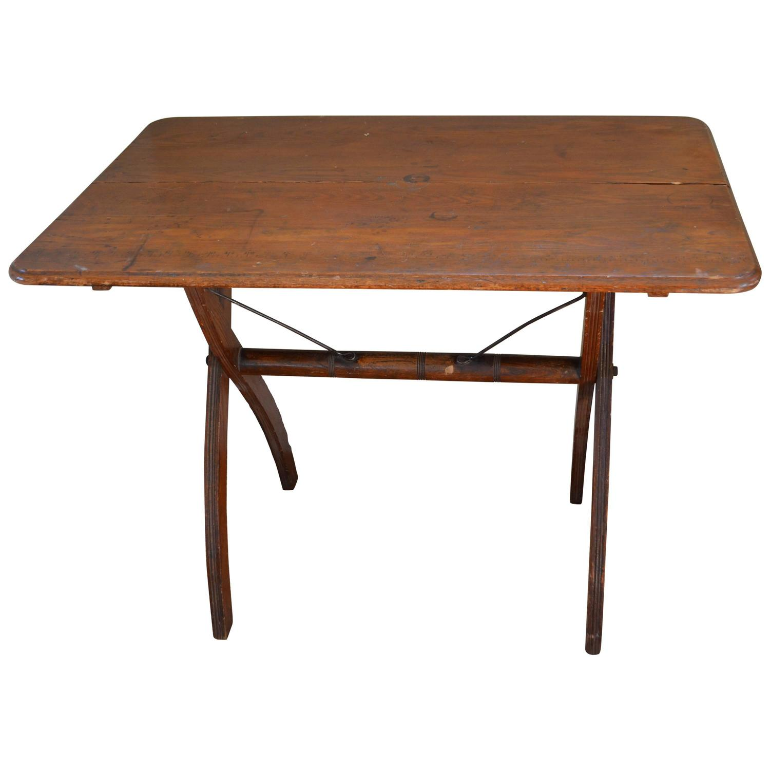 wooden sewing folding table early 1900s for sale at 1stdibs. Black Bedroom Furniture Sets. Home Design Ideas