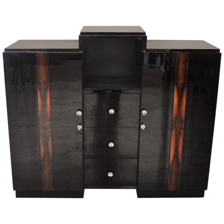 Pianolacquer Art Deco Commode with Walnut Details