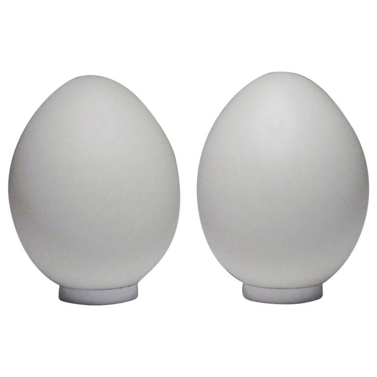 Pair of Mid-Century Frosted Glass Egg Lamps 1