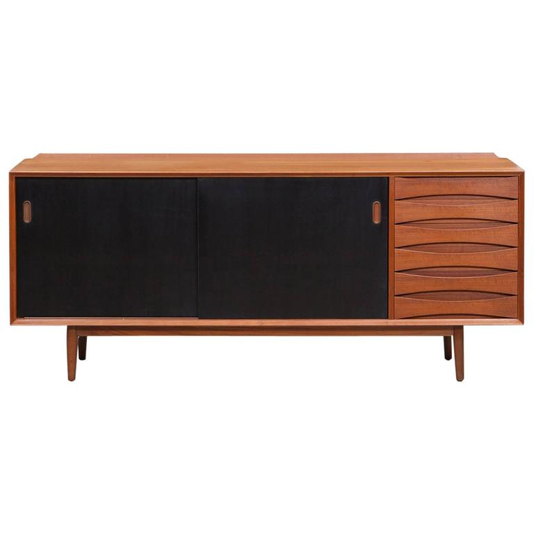 Arne Vodder Sideboard in Teak 'C' Manufactured by Sibast Mobler