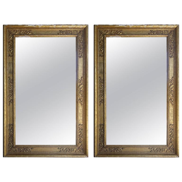 Pair of 19th Century Italian Giltwood Mirrors For Sale