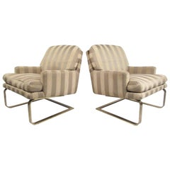 Pair of Mid-Century Modern Cantilever Lounge Chairs by Selig