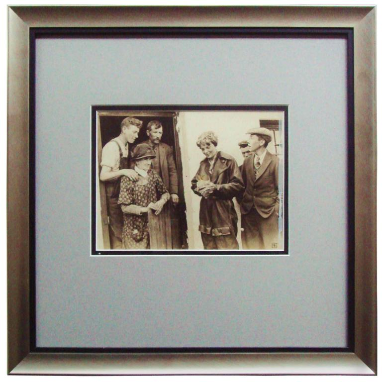 Rare AP Photographic Print of Amelia Earhart in Northern Ireland May 20, 1932 For Sale