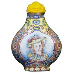Chinese Canton Enamel Snuff Bottle, European Subject, Qianlong Late 18th Century