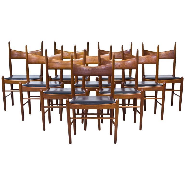 Set of Ten 1950s Teak Dining Chairs by Illum Wikkelsø For Sale