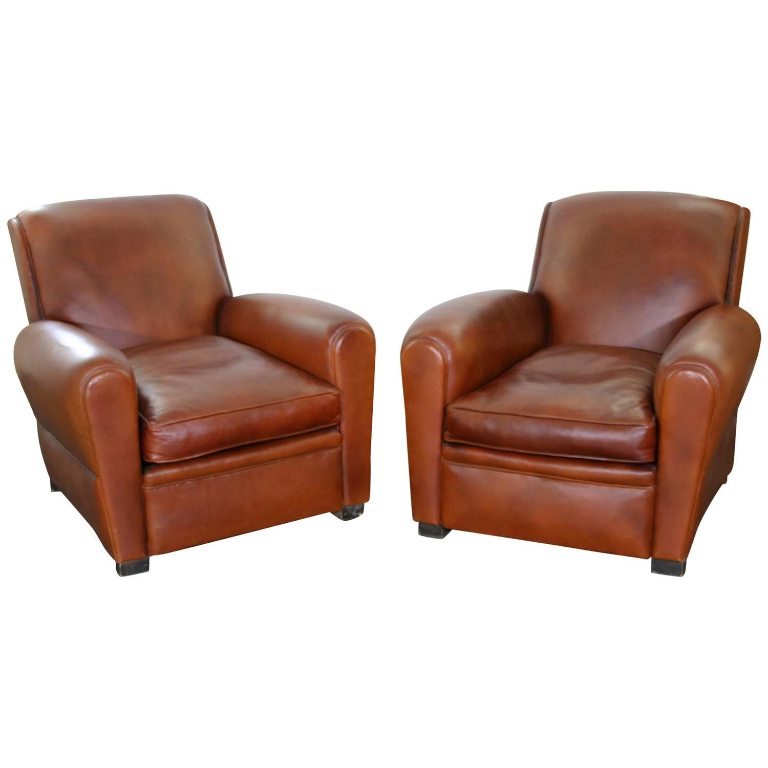 pair of leather club chairs for sale at 1stdibs. Black Bedroom Furniture Sets. Home Design Ideas