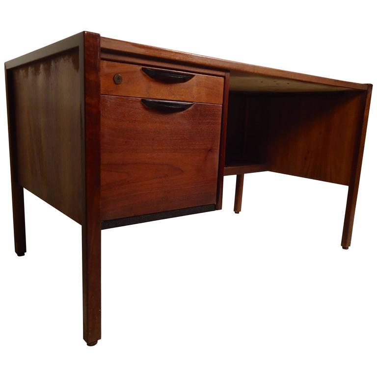 Mid-Century Modern Desk by Jens Risom