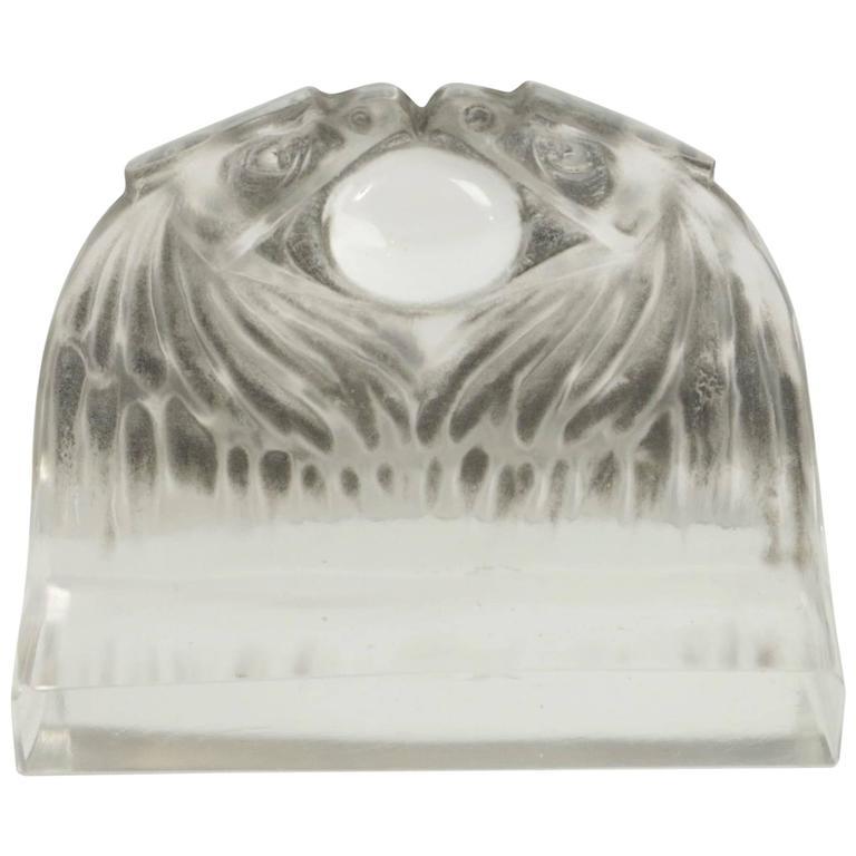 """René Lalique Paperweight """"Deux Aigles"""""""