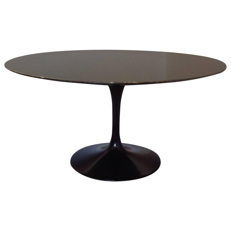 Saarinen Pedestal Granite Top Dining Table 54 Round For Sale At 1stdibs