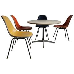 Classic Modern Dinette/Breakfast Set by Charles and Ray Eames, Herman Miller