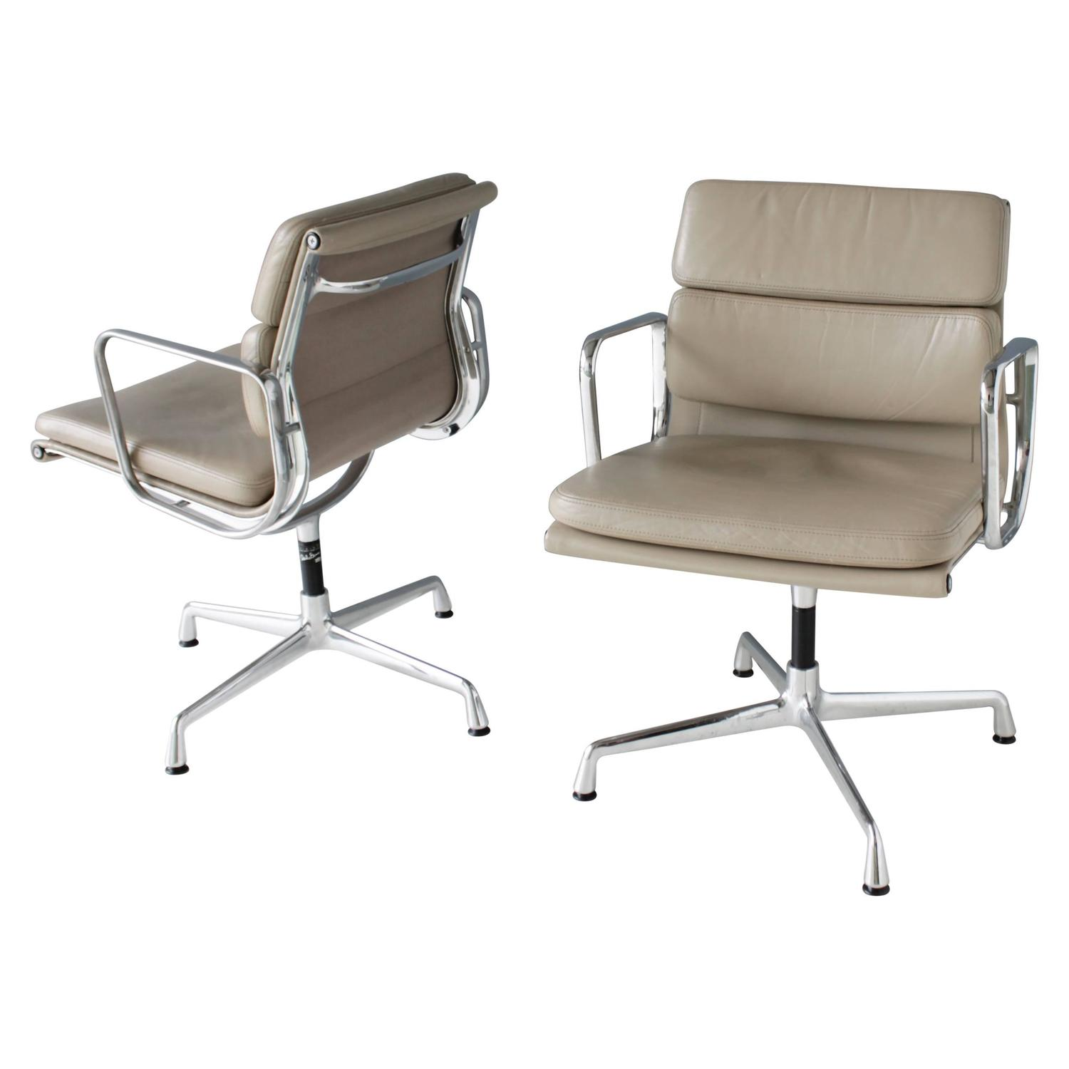 Set of Six Conference Chairs by Alberto Meda Francesco Meda for