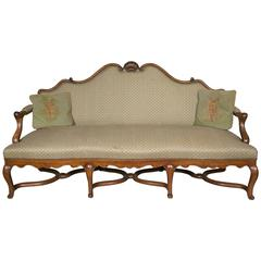 Important Walnut Sofa from the 19th Century in the Style of Louis XV