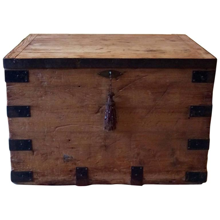 Trunk Coffee Table Pine: Vintage Pine Bound Box Trunk Chest Coffee Table At 1stdibs