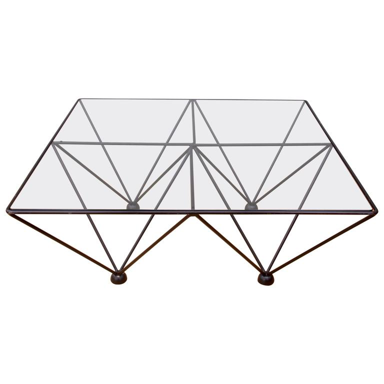 Minimalist Geometric Paolo Piva 'Alanda' Style Glass Coffee Table, circa 1980s