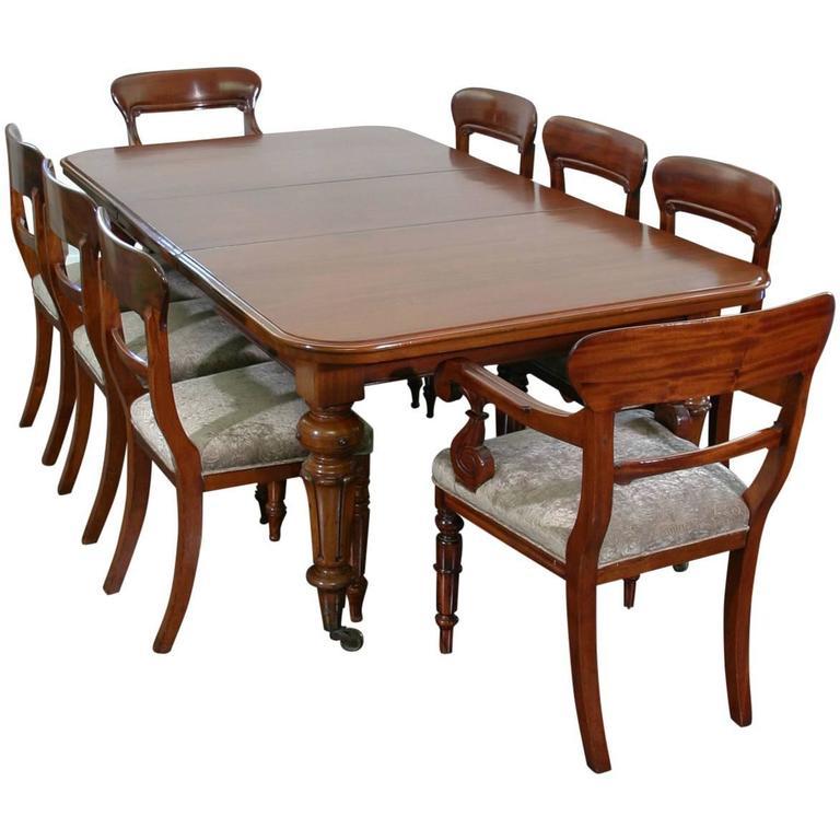 Mid-19th Century English Mahogany Dining Suite
