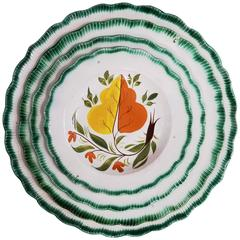 Set of Green Shell-Edged Nested Oak Leaf Design Small Dishes
