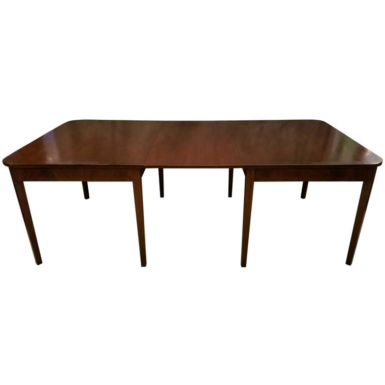 Hepplewhite Mahogany Dining or Banquet Table by Dahlgrens  : 5748853l from www.1stdibs.com size 768 x 768 jpeg 15kB