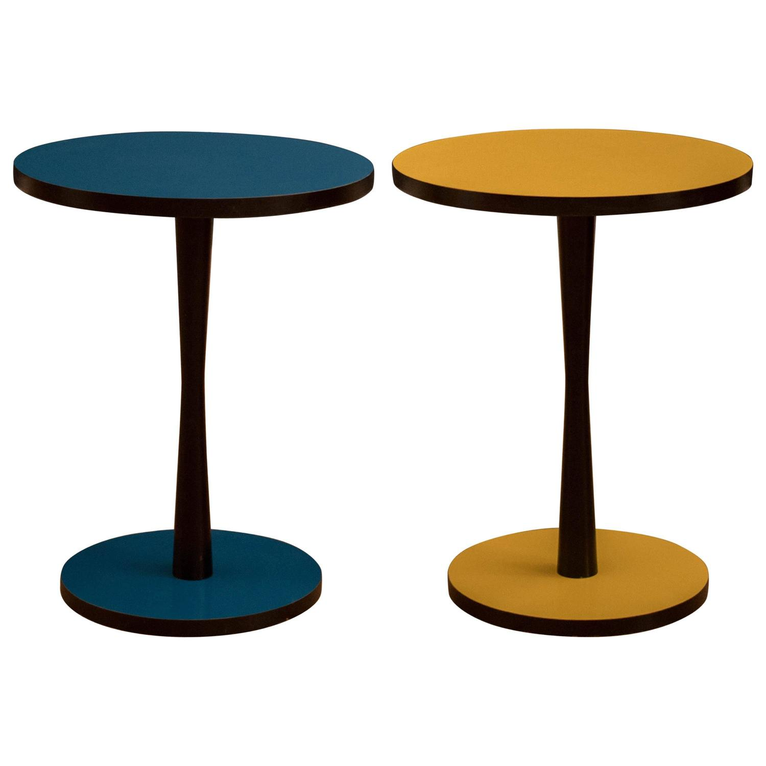 vintage pop art pedestal side tables for sale at 1stdibs. Black Bedroom Furniture Sets. Home Design Ideas