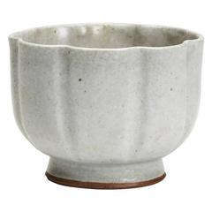 Vintage Charles Vyse Lobed Studio Pottery Bowl, 20th Century