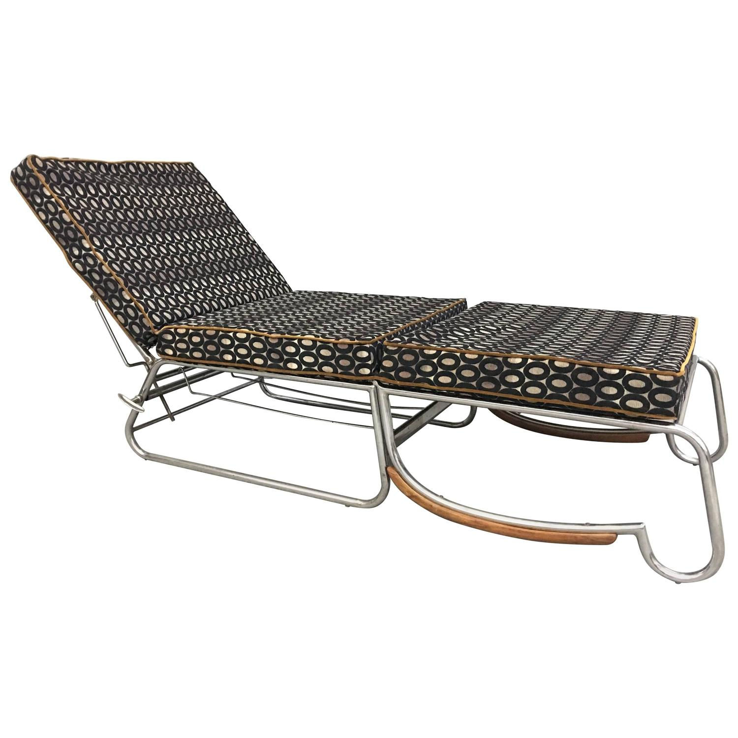Art deco lounge chair in the style of marcel breuer for Art deco style chaise lounge