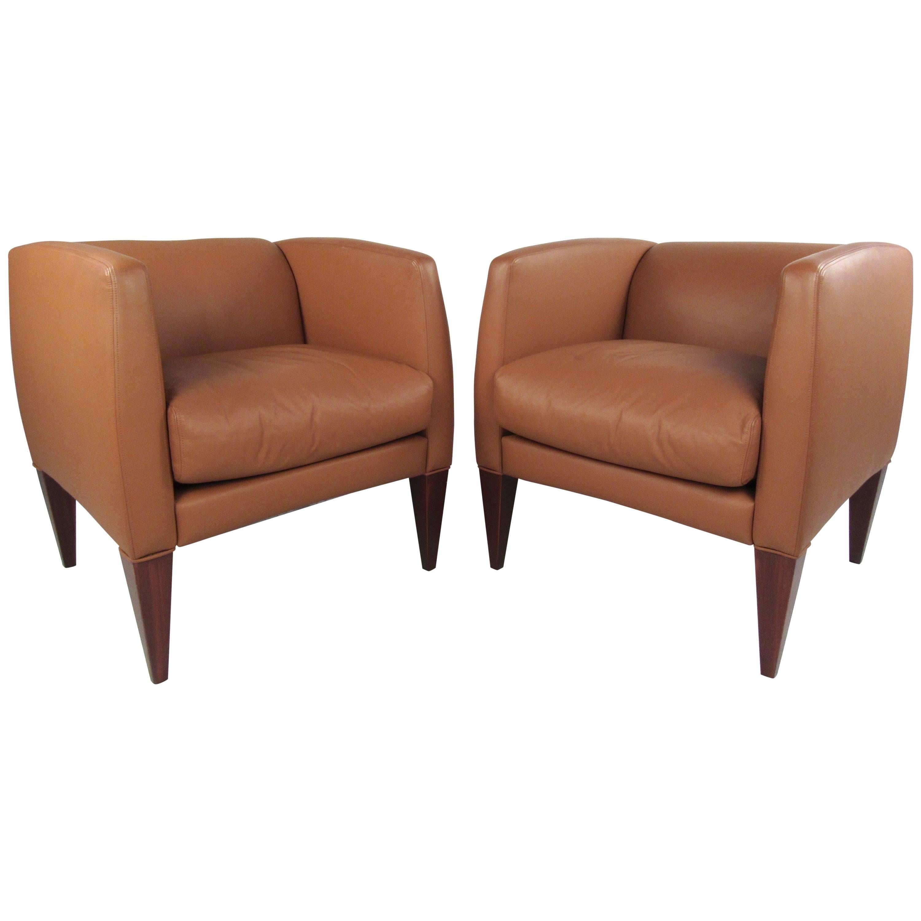 Superbe Pair Of Contemporary Modern Italian Leather Club Chairs