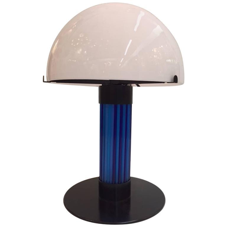 1970s italian modern design glass dome table lamp at 1stdibs. Black Bedroom Furniture Sets. Home Design Ideas
