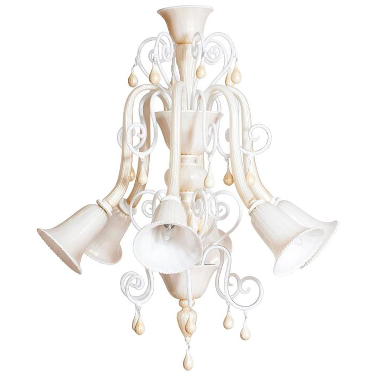 Italian Venetian, Chandelier blown Murano Glass, Ivory & Gold 24K, Seguso, 1990s For Sale