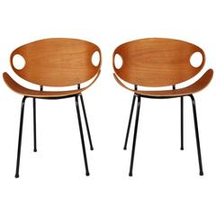 Two Chairs by Olof Kettunen
