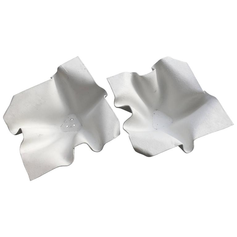 Pair of Extra-Large Mid-Century Willy Guhl Handkerchief Planters For Sale