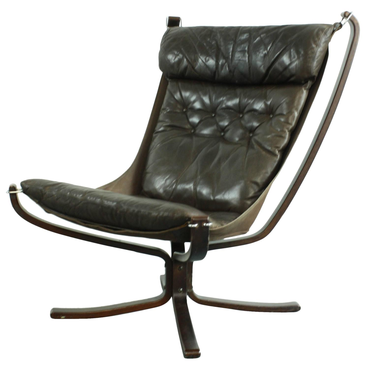 Vintage High Back Dark Brown Leather Falcon Chair By Sigurd Resell For Sale A
