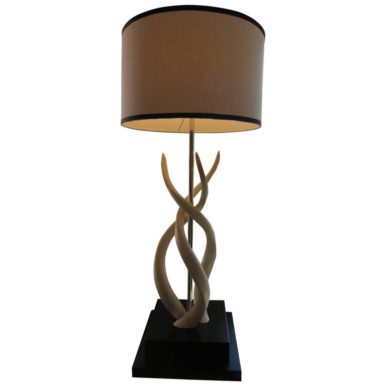 White Impala Horn Table Lamp