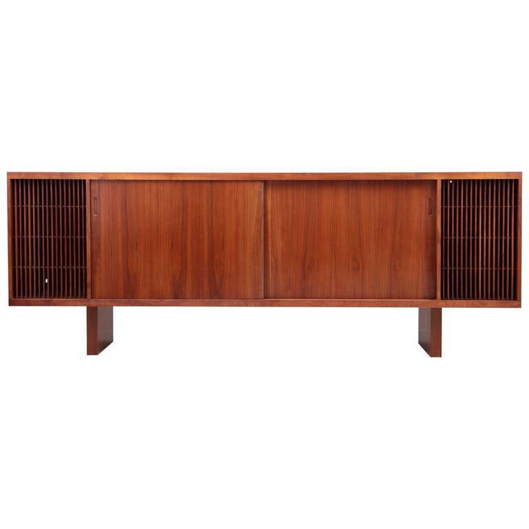 Großes Sideboard Oder Hifiphono Möbel Aus Nussbaumholz Usa 1960er