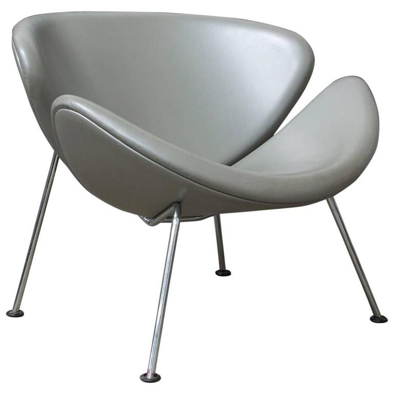 1960, Pierre Paulin, Original 1st Fabric Silver Grey Leather Slice Chair  For Sale