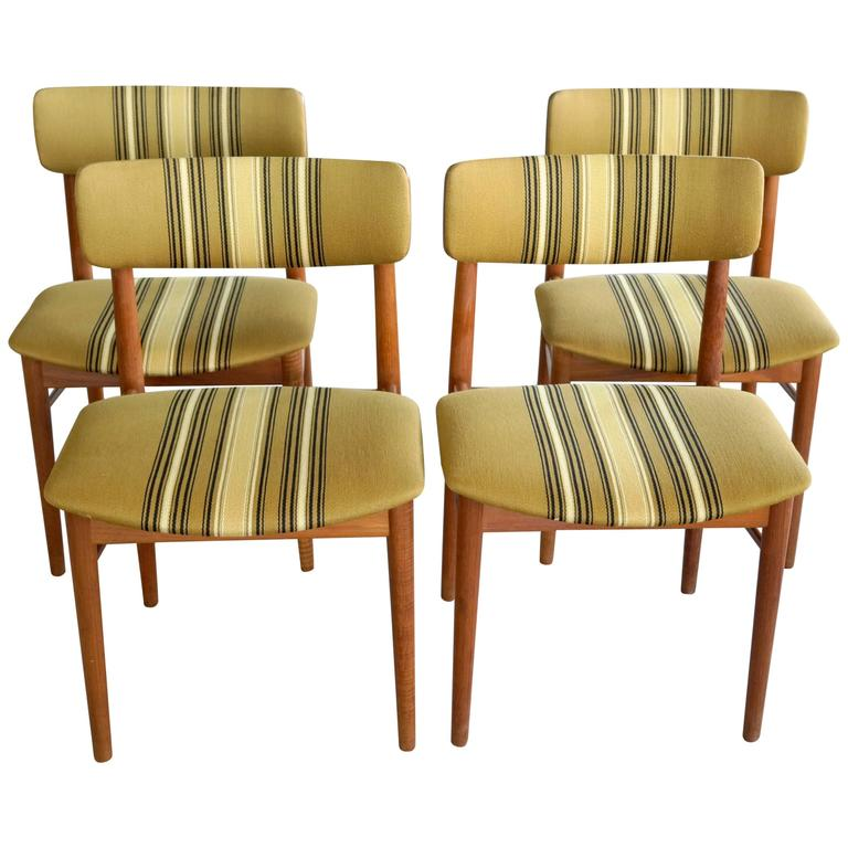 Set Of Four Danish Maple Dining Chairs Attributed To Soroe At 1stdibs