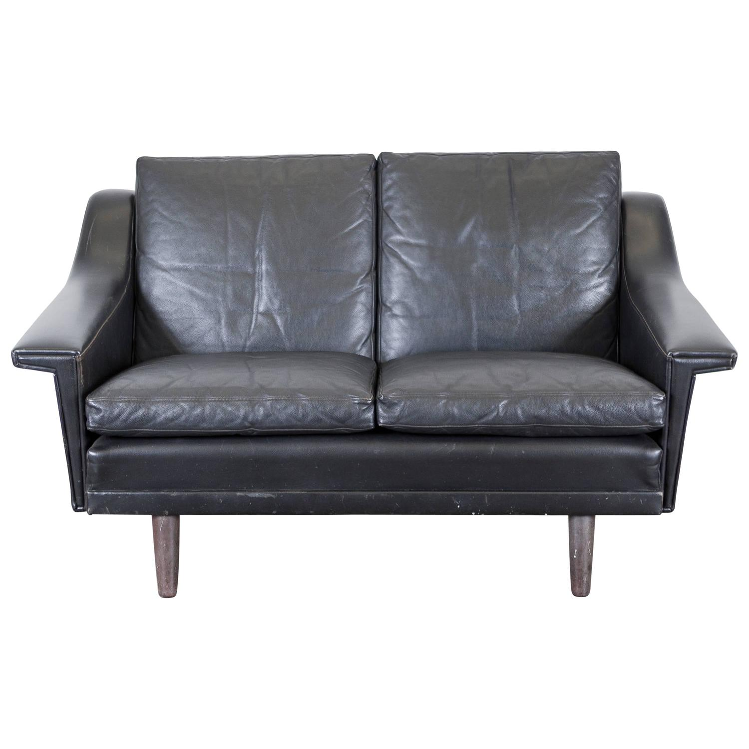 Danish mid century black leather settee for sale at 1stdibs for Settees for sale