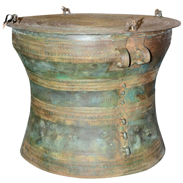 Rain Drum in Solid Bronze Exceptional Piece For Sale