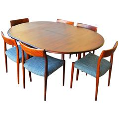 Unique Restored N.O. Moller Rosewood Round One Leaf Dining Table and Six Chairs