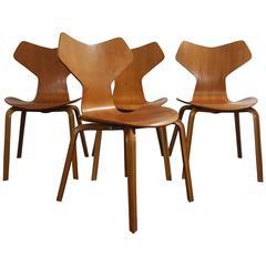 Iconic Model 3130 Grand Prix Chair by Arne Jacobsen for Fritz Hansen, 1960s