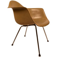 Transitional Eames Herman Miller, Venice, CA, Shell Chair