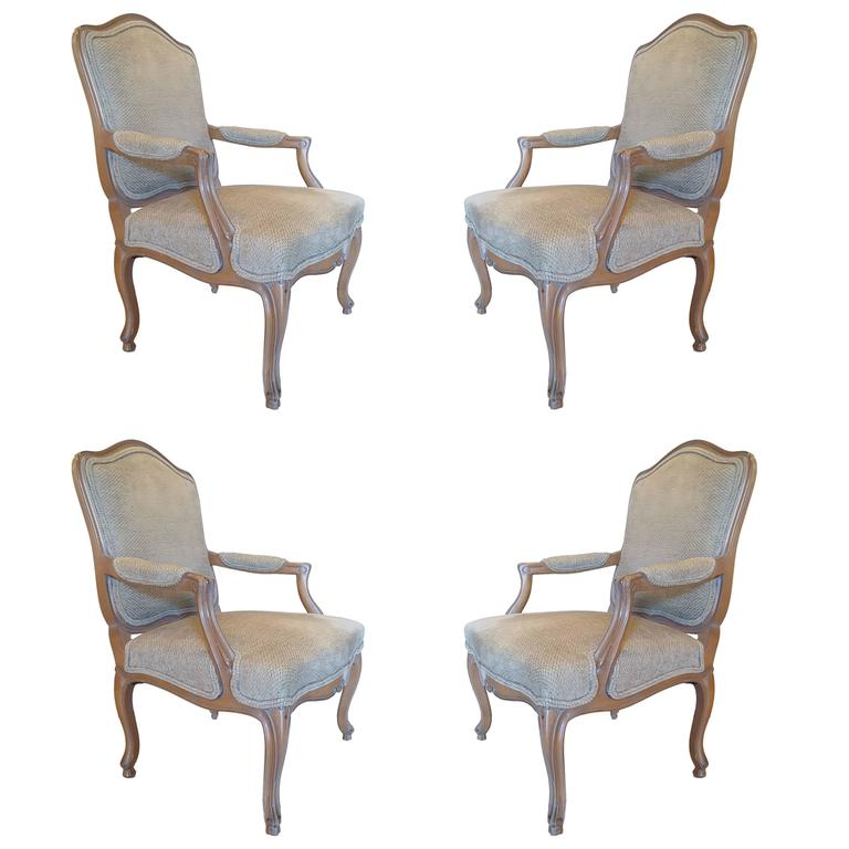 Fine Set of Four Beechwood Louis XV Style Fauteuils Armchairs Beautifully Carved
