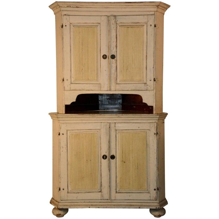 1790's Gustavian Corner Cupboard For Sale