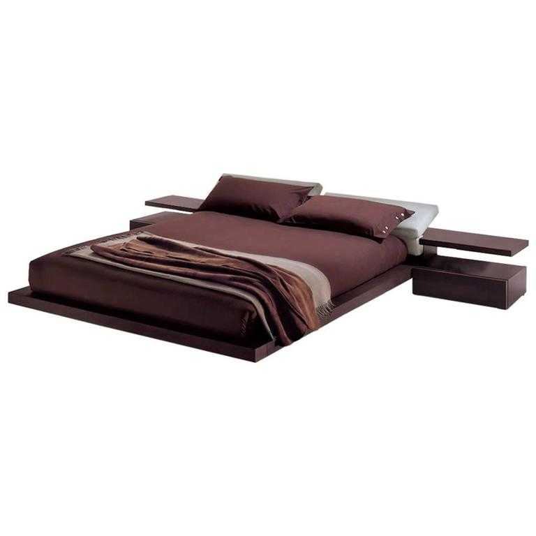 Modern Italian Furniture Platform Bed, King-Size, Made in Italy