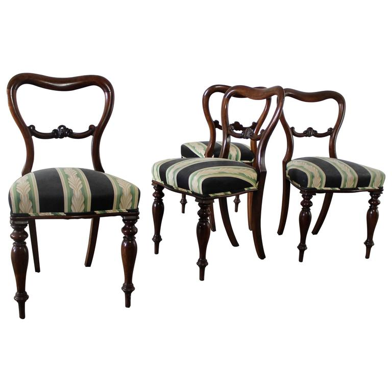 Set of Four Antique Victorian Rosewood Dining Chairs in the Manner of Gillows