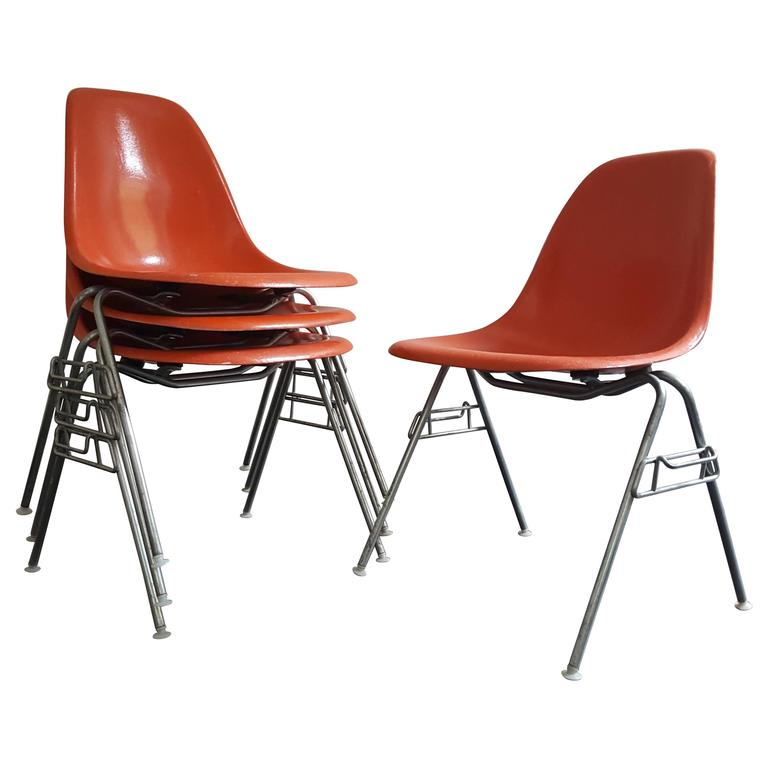 Original Set of Four Charles & Ray Eames DSS Herman Miller Chairs For Sale